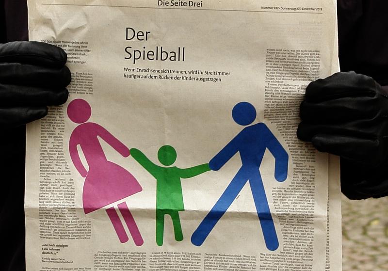 Der Spielball. Kinder im Netz der Kriminalität und Folter gefangen. Deutschland agiert gegen die UN-Kinderrechte.