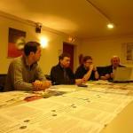 Zuhören und Meinungen austauschen. Info-Papiere und Flyer gibt es bei der Kreisgruppe, auch vom VAfK Bund.