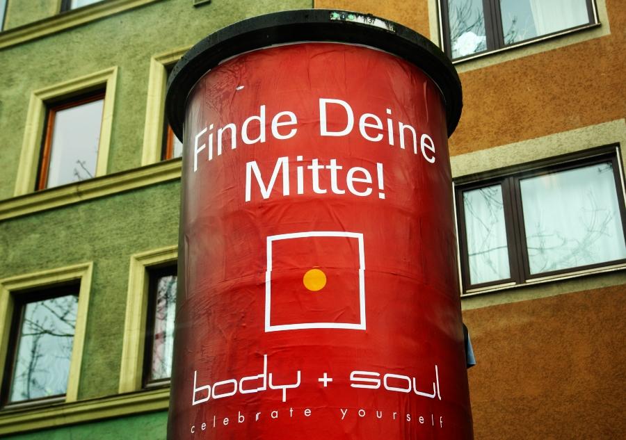 ... heute gesichtet in München ... nach dem Prozess gegen einen Vater vor dem Landgericht, der Kontakt zu seinem Kind möchte...