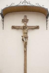 Ins Kreuzfeuer der Kritik gerückt. Der Umgang des Vatikans mit der Aufklärung 'Sexueller Missbrauchsvorfälle'  und der Umgang mit den Opfern.