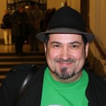 Jörg Mathieu. Herausgeber von PAPA-YA.