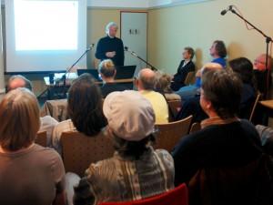 Themenabend. Paritätische Doppelresidenz. Jan Piet de Man. Psychologe. Europaerfahren.