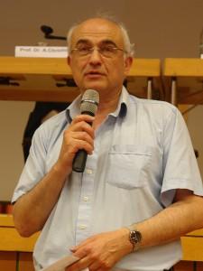 Prof. Dr. Aris Christidis kommentiert.