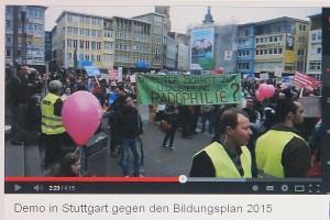 Stuttgart. Rund 2500 Demonstranten traten vergangengen Samstag gegen den Bildungsplan 2015 an. Sie wollen keine Frühsexualisierung der Kinder in den Schulen.