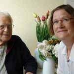 Prof. Dr. Klenner und Dorette Kühn, Leiterin der Selbsthilfegruppe in Lüneburg.