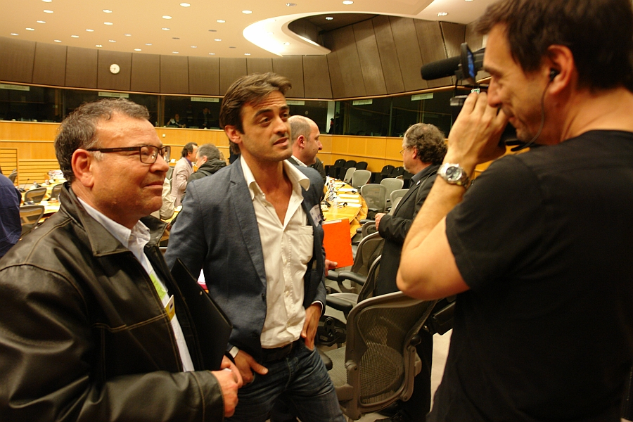 Französisches Fernsehen. Interview mit Cédic Laurent und Wahid Ben Alaya.