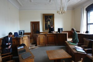 Am gleichen Tag. Landgericht I München. Ein weiterer Gerichtsprozess gegen den um sein Kind kämpfenden Vater S.