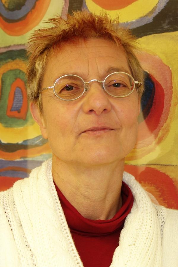 Angela Hoffmeyer. Generalsekretärin des Internationalen Verbandes.