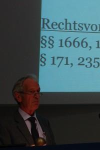 Hans-Christian Prestien. Fordert pädagogische und psychologische Qualifizierung von Familienrichtern.