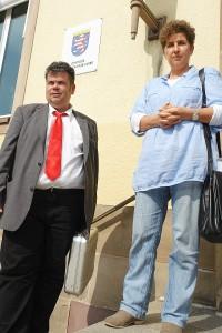 Rechtsanwalt Thomas Saschenbrecker und Psychologin Andrea Jacob.
