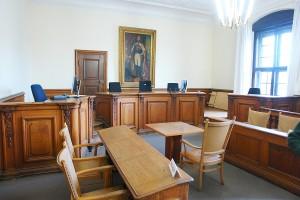 Vorsitzende Richterin des Landgerichtes München: Gröncke-Müller.