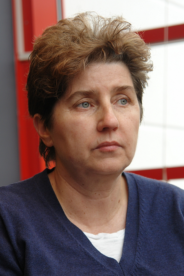 Andrea Jacob.   Psychologin MA, EILLM & M. A. Bundelkhand  University Psychologin für klinische, neuropsychologische, pädagogische, kriminalistische und forensische Psychologie. Doctor of Philosophy, Bundelkhand University
