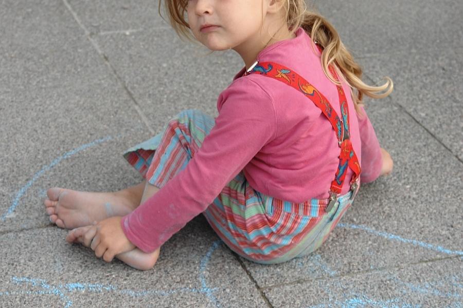 Deutscher Dauerspagat. Der Kampf ums Kind. Sorgerecht bei Eltern oder Sorgerechtsentzug ?