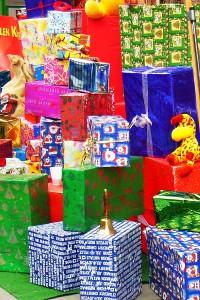 Weihnachten und Maßhalten. Zwei Gegensätze in unserer Konsumraus- und Wegwerfgesellschaft.