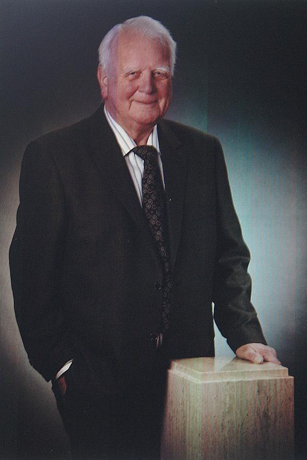Prof. Dr. rer. nat. Wolfgang Klenner. Pioneer im Erkennen der entstehenden Beziehungskonflikte durch Trennung und Scheidung in den Familien.