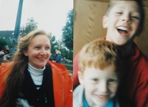 Heiderose Manthey und ihre Söhne Johannes-Simon und Falk-Gerrit.