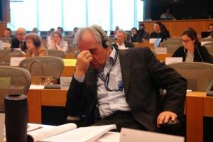 Der deutsche Abgeordnete Peter Jahr: Bitter anhören zu müssen, was in Deutschland geschieht: Es ist Folter !