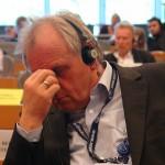 Peter Jahr. Hört die Menschenrechtsverbrechen aus Deutschland.
