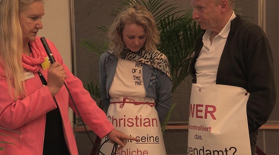 Heiderose Manthey im Gespräch mit Sabine und Rüdiger Orlowski. Großeltern von Christian, der im Moment eine Horrofahrt von Fremdbetreuungen hinter sich hat.