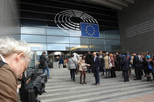 Europäisches Parlament. Brüssel. Kennt die Problematik der Familienzerstörung - zumindest zahlenmäßig.