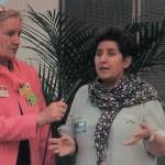 """Heiderose Manthey interviewt Andrea Jacob in Brüssel im Europäischen Parlament zum """"Geschäft mit dem Kindeswohl""""."""
