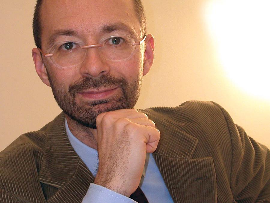 Dr. Martin J.F. Steiner. Erstellt eine geniale Kurzfassung zu PAS. Was ist das ?