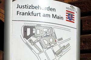 arche-thomas-saschenbrecker-oberlandesgericht-frankfurt-kid-eke-pas_05