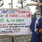 arche-karlsruher-kreuz-aktion-bundesverfassungsgericht-kid-eke-pas_63