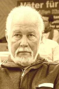 Dipl. Pädagoge Horst Schmeil.