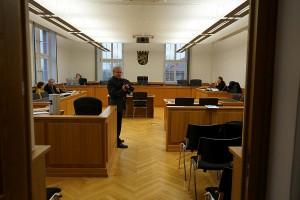"""Landgericht Gießen. Zum vierten Mal werden die Gießener Gerichte bemüht in Sachen """"Titelmissbrauch"""" eines vorhandenen Master-Titels. Der Steuerzahler bezahlt die Zeche."""