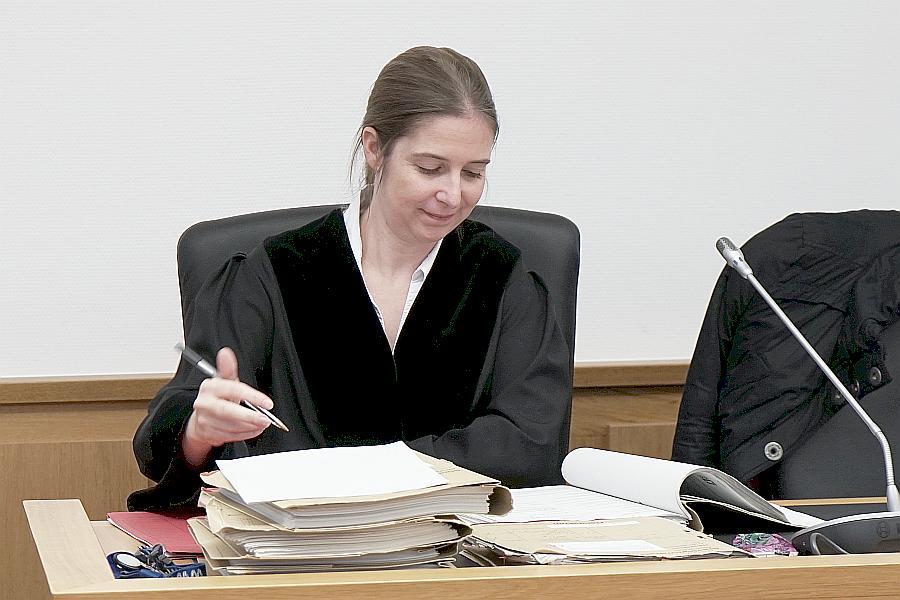 ARCHE Landgericht Gießen Dr. Andrea Christidis Saatsanwältin Sandra Stürmer_07