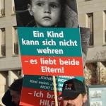 ARCHE SOS Kindesentführung Kinder haben auch Rechte_01