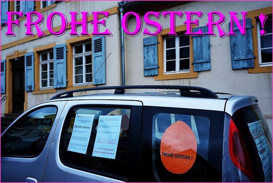 Aufklärung über das Menschenrechtsverbrechen kid - eke - pas vor Ort. Hier: ARCHE-Mobil steht vor dem Pfarrhaus in Weiler. Hauptstraße.