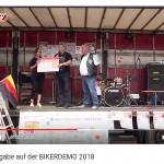 2018-07-09_F_SpendenübergabeRunderTisch_BIKERDEMO2018_00aa