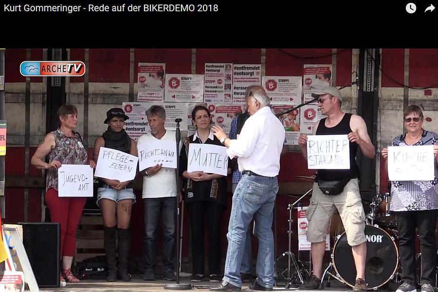 2018-07-11_F_KurtGommeringer_GeldmaschineKindeswohl_BIKERDEMO2018_01