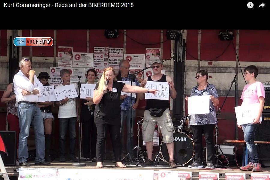 2018-07-11_F_KurtGommeringer_GeldmaschineKindeswohl_BIKERDEMO2018_04